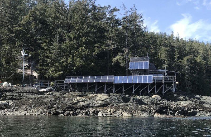 Solar at Orcalab Hansen Island